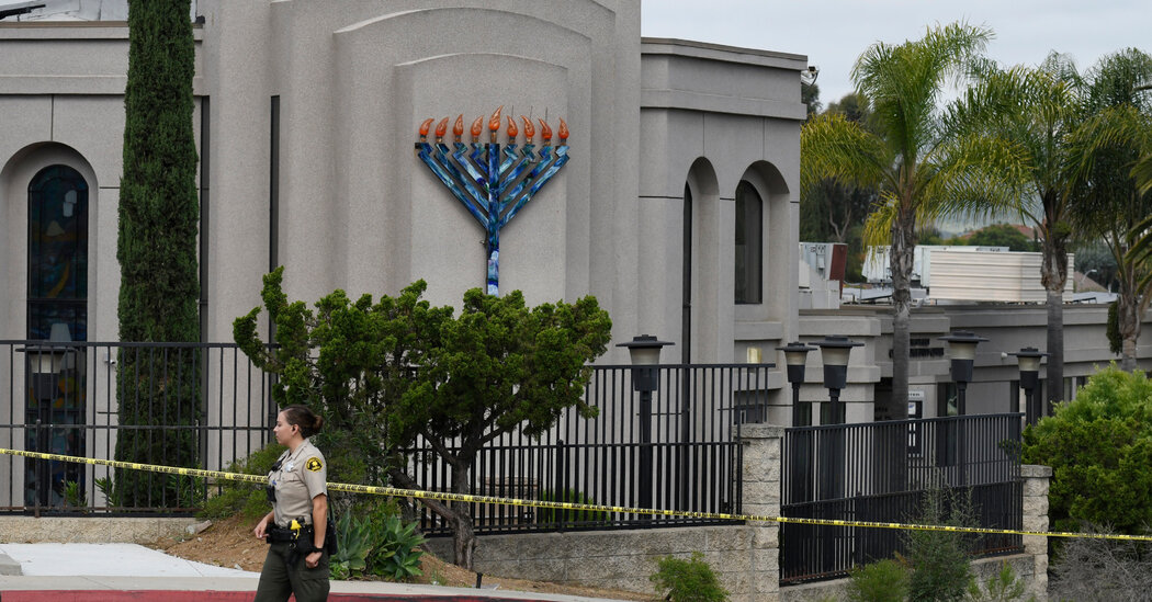 Man Pleads Guilty to Murder in Deadly Shooting at California Synagogue