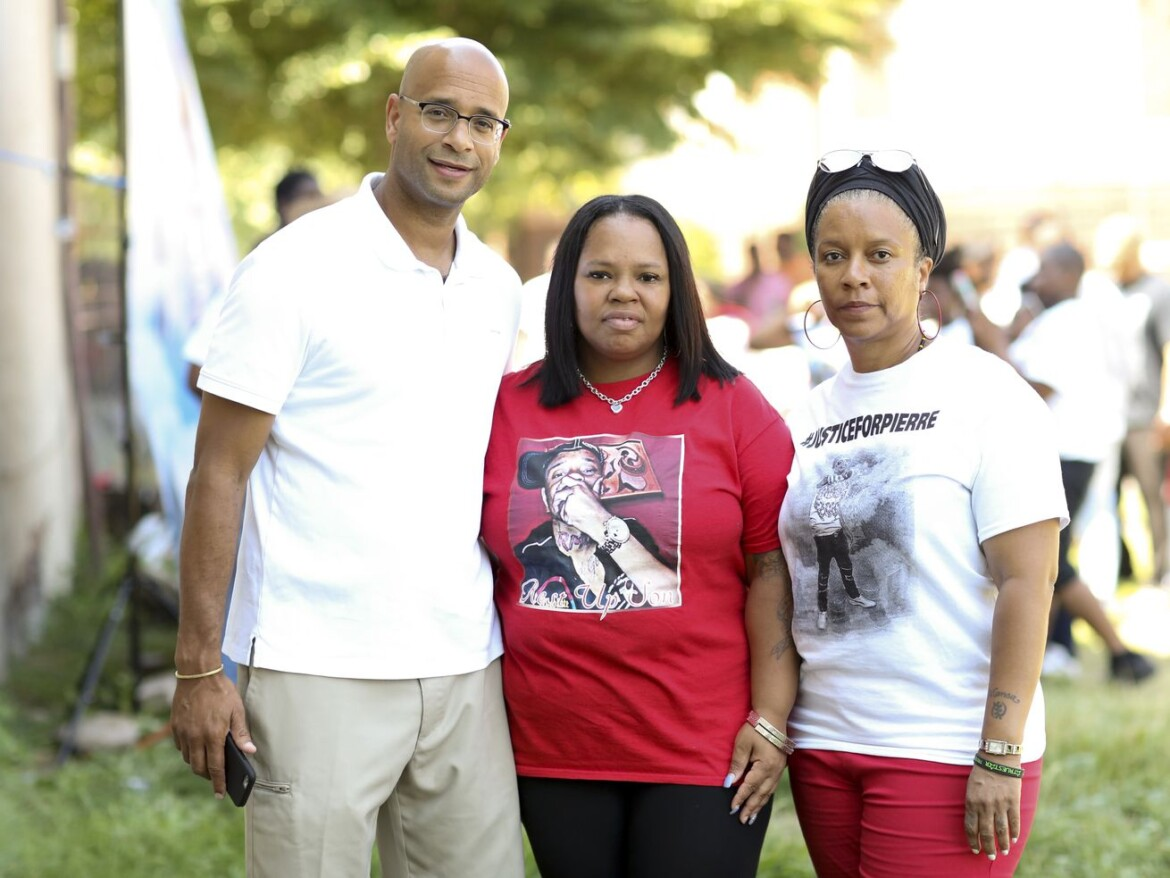 $1.2M settlement proposed for family of 16-year-old fatally shot by Chicago cop after 2016 foot chase