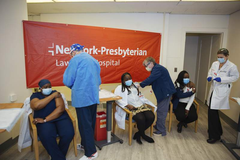 US virus cases nearly triple in 2 weeks amid misinformation