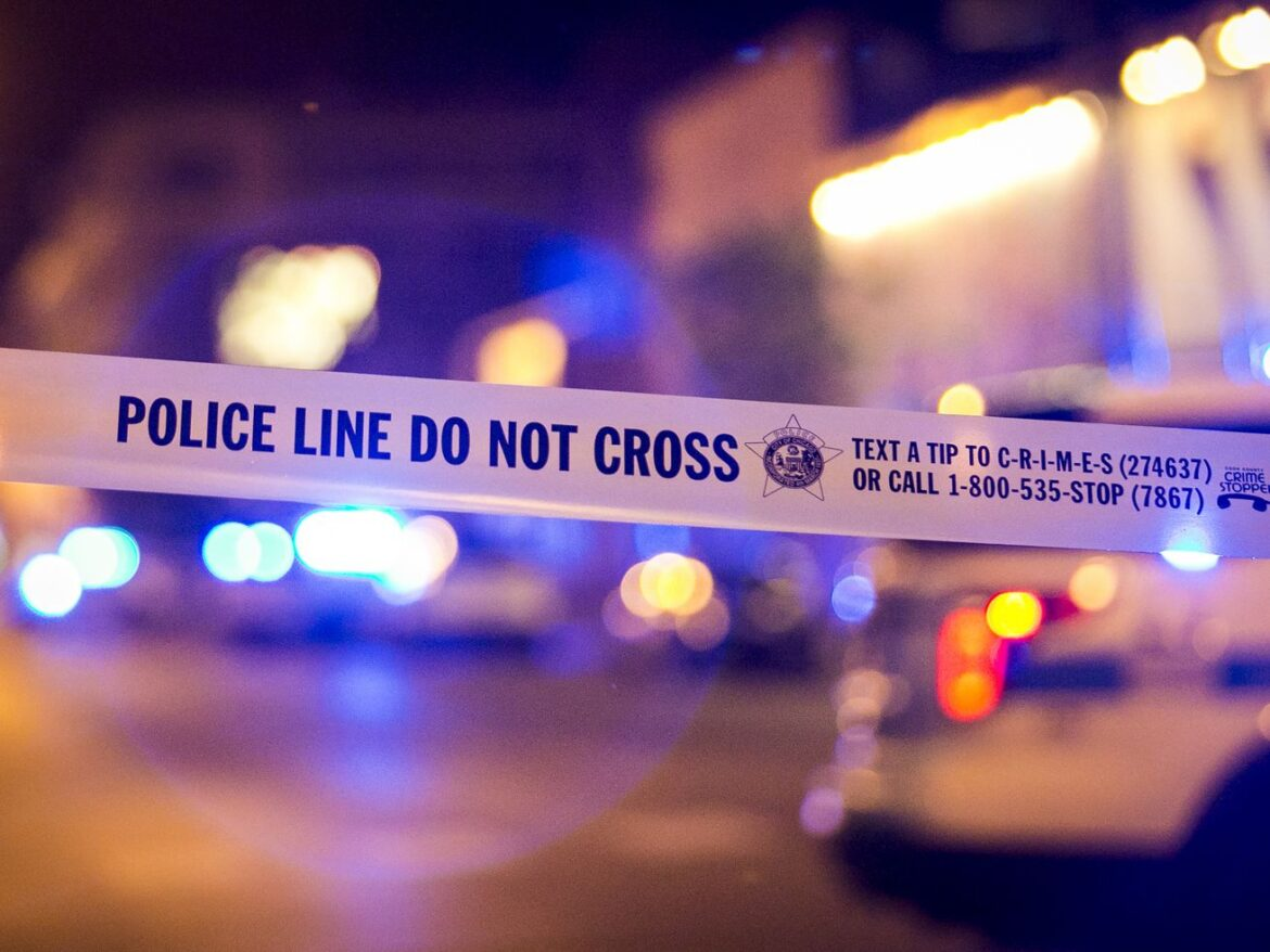 Alderman vows party bus crackdown after 8 people wounded when gunmen open fire in Lincoln Park