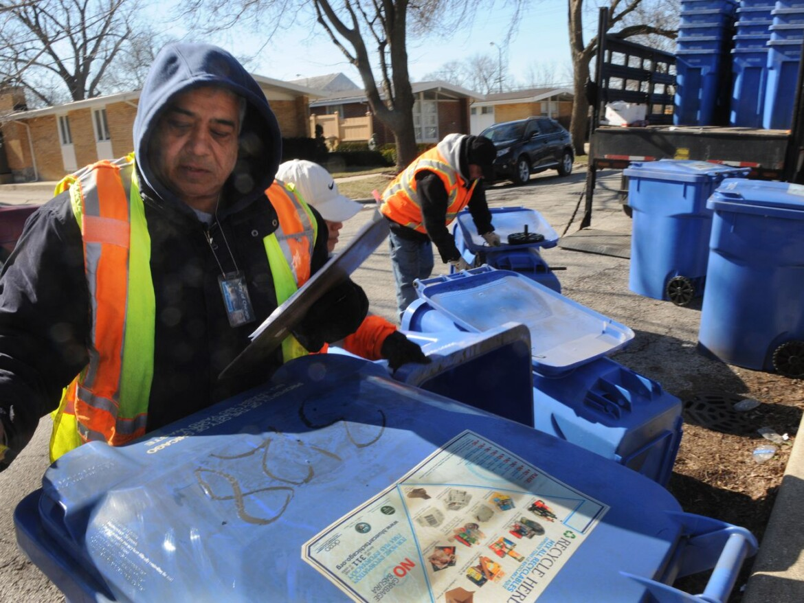 Curbside food waste collection? Deposits for cans and bottles? Study tosses out ideas to improve Chicago's dismal recycling rate