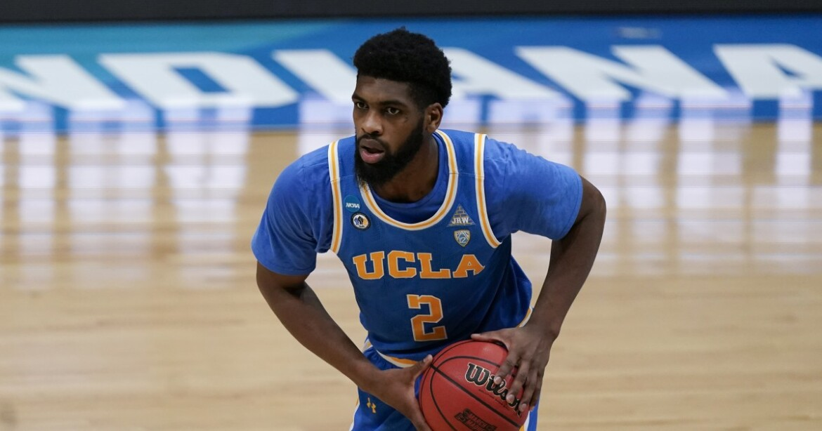 Cody Riley will return to UCLA for one more season after withdrawing from NBA draft
