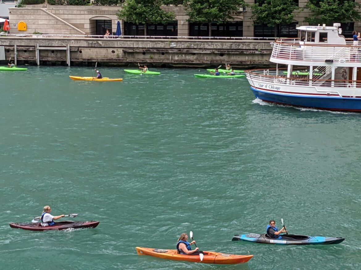 """Teaching fish and fishing on the Chicago River: """"Fishing at the Jetty"""" does that and more on Riverwalk"""