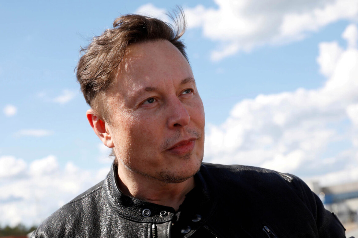 Elon Musk defends Tesla's $2.6B SolarCity purchase in court