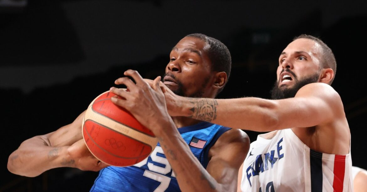 U.S. men's basketball falls to France for first Olympics loss since 2004