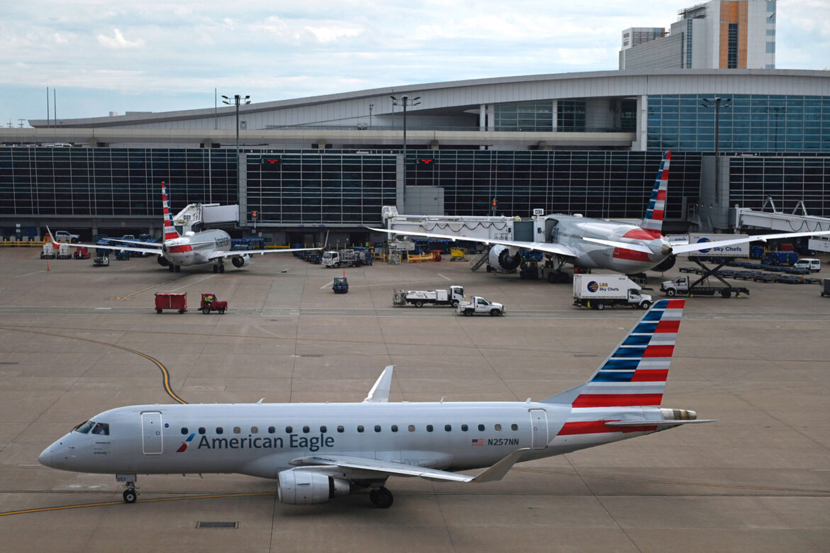 American Airlines, Spirit cancel hundreds more flights due to storms, staffing