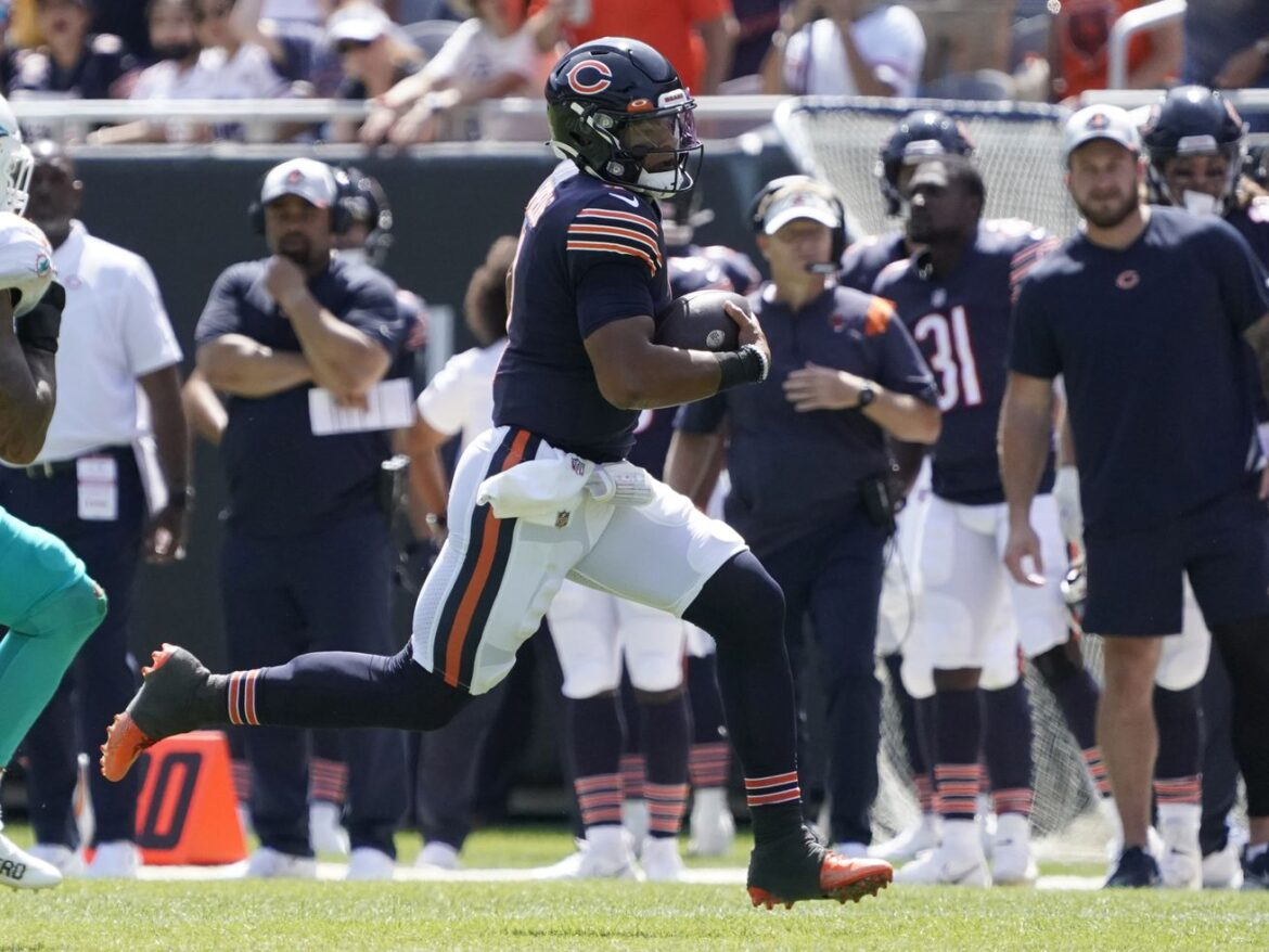 After dazzling debut, it'll be an excruciating wait for Bears rookie QB Justin Fields