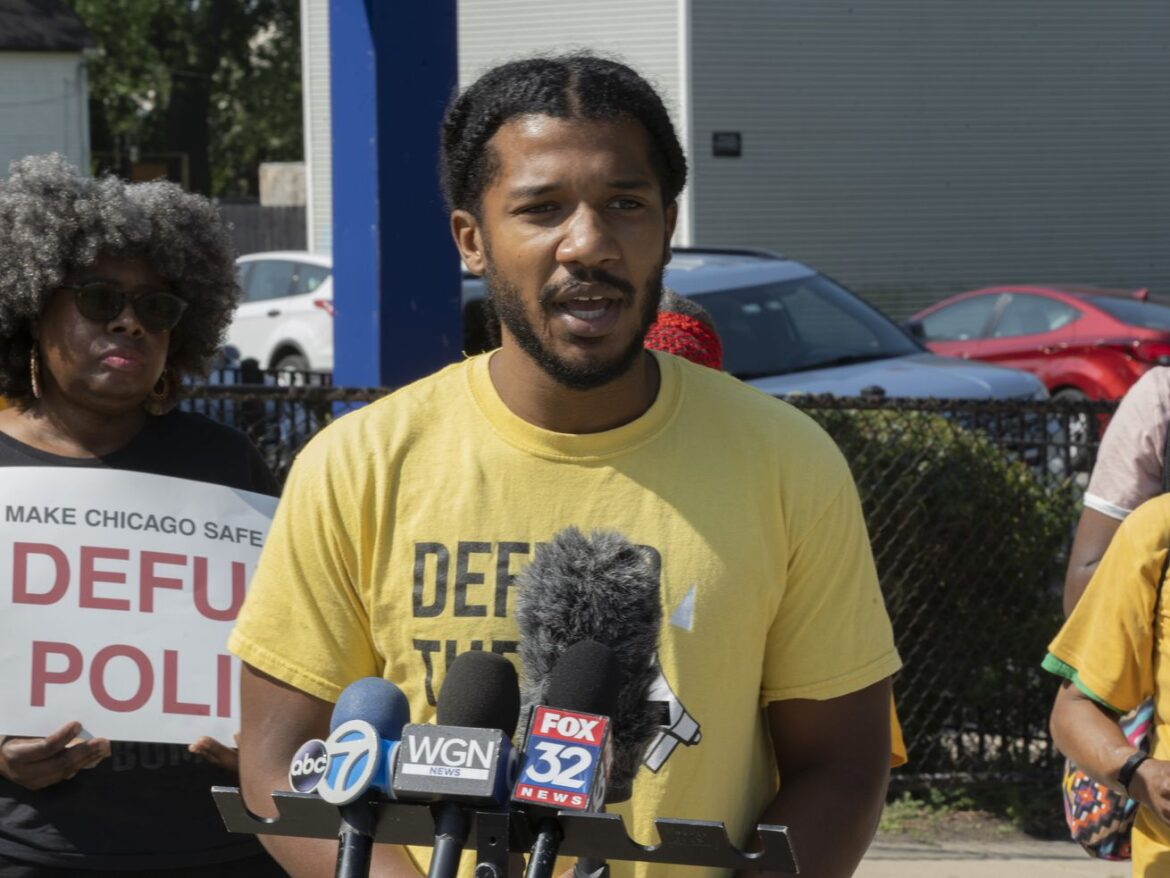 As budget season nears, activists call on Lightfoot to cut CPD funding