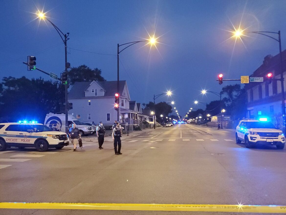 Chicago Police Department opts for go-slow approach to redeploy cops
