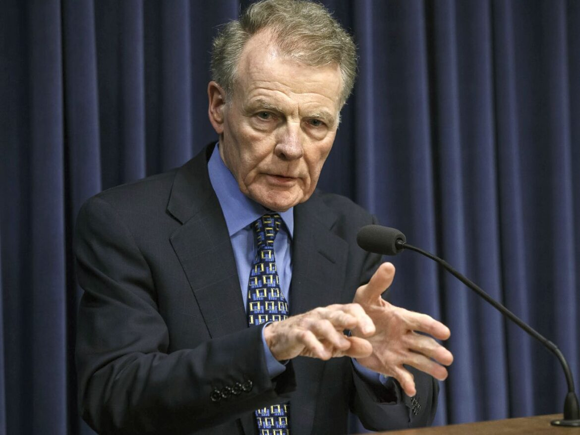 Feds say members of Madigan's inner circle weren't 'merely' lobbying, urge judge not to toss charges