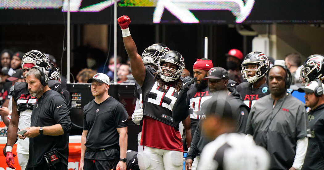First in N.F.L.: Atlanta Falcons Players 100 Percent Vaccinated, Team Says