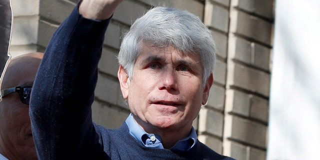 Former Illinois Gov. Rod Blagojevich sues for right to run for office again