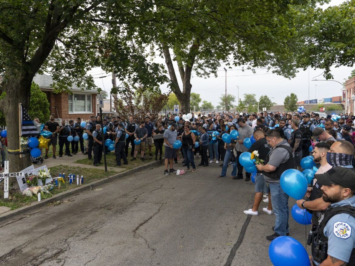 Grieving Chicago police officers direct their anger at CPD's second-in-command