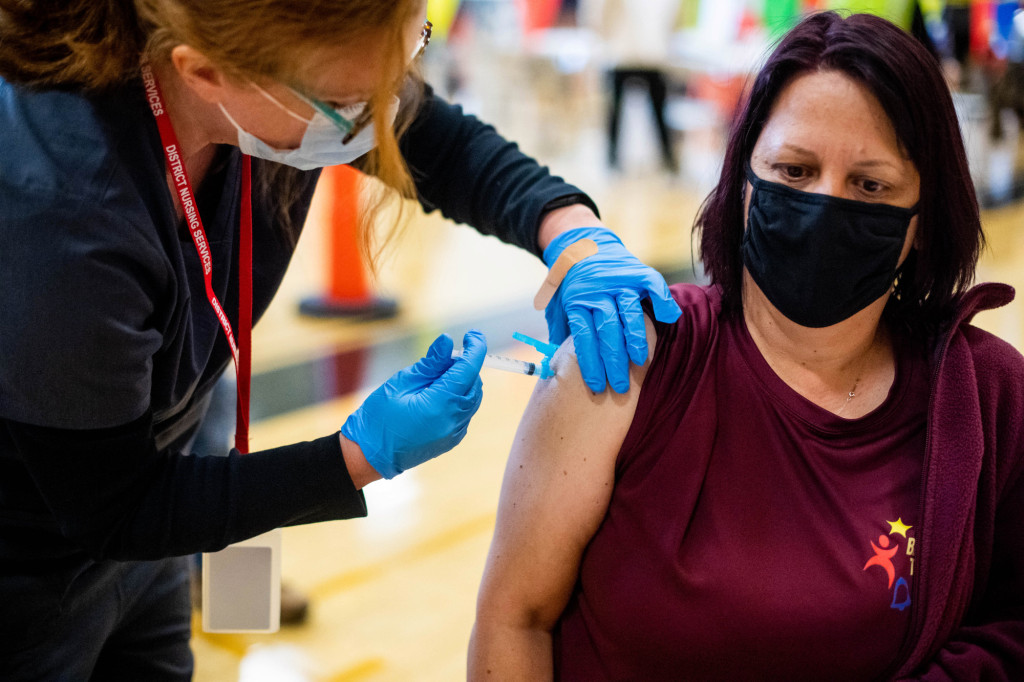 LA County reports 3,356 new cases of COVID-19 on Sunday