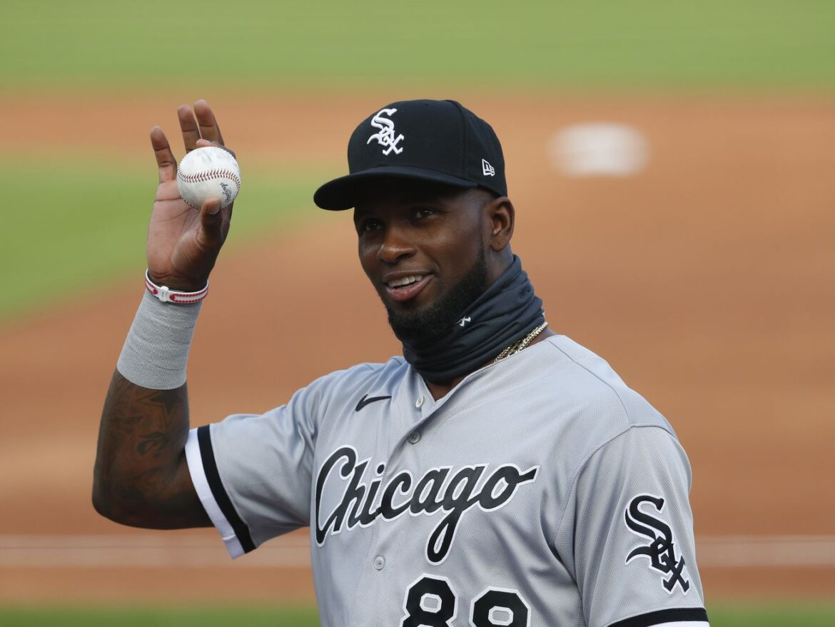Luis Robert is officially back with the White Sox