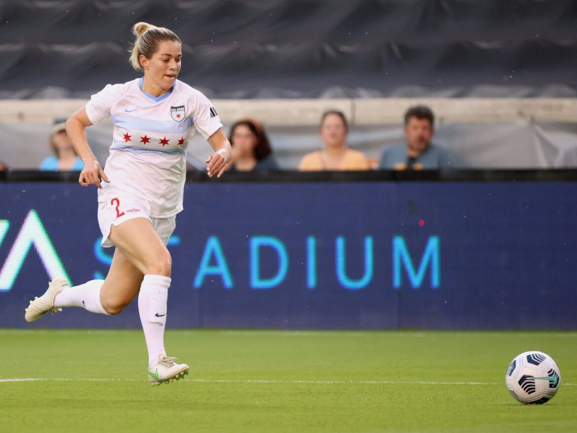 NWSL has a problem with refereeing