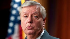 Sen. Lindsey Graham tests positive for COVID-19, despite being vaccinated