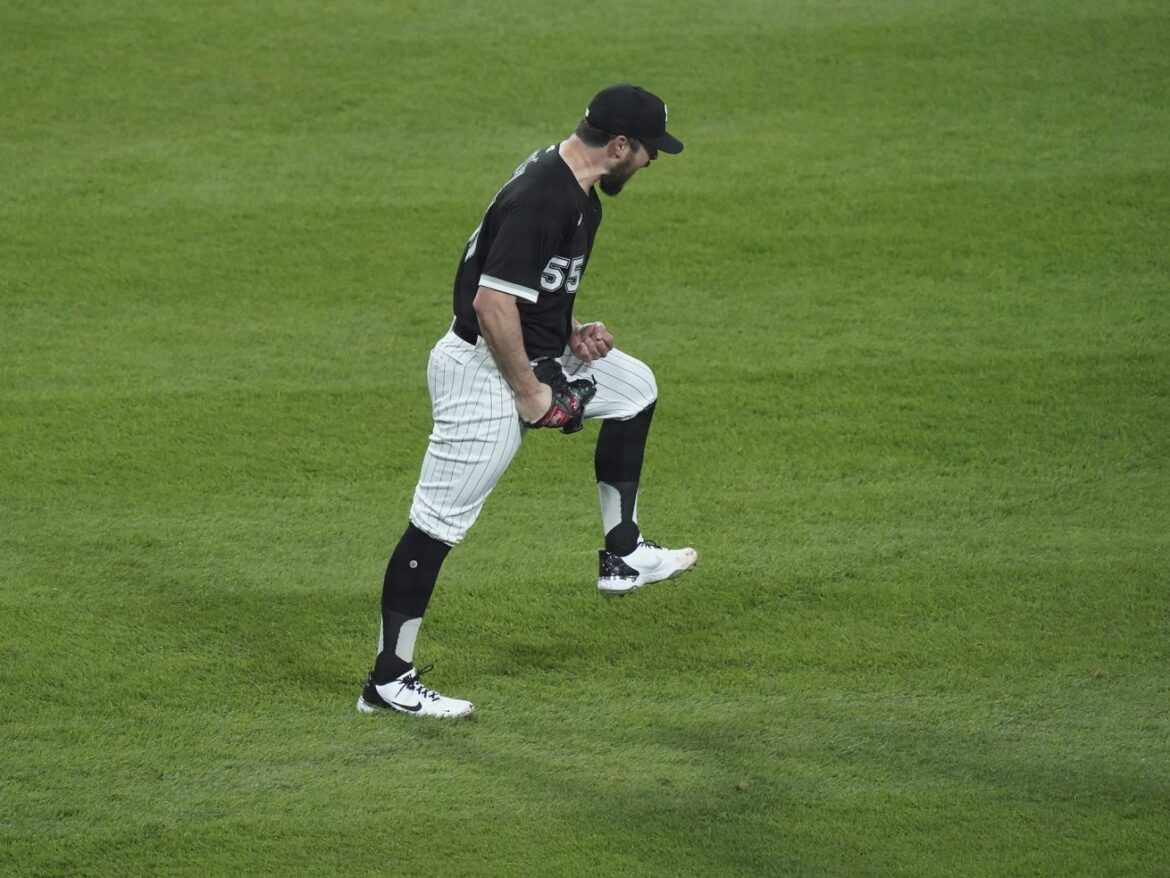 White Sox' Carlos Rodon aims to go for broke — and then not go anywhere