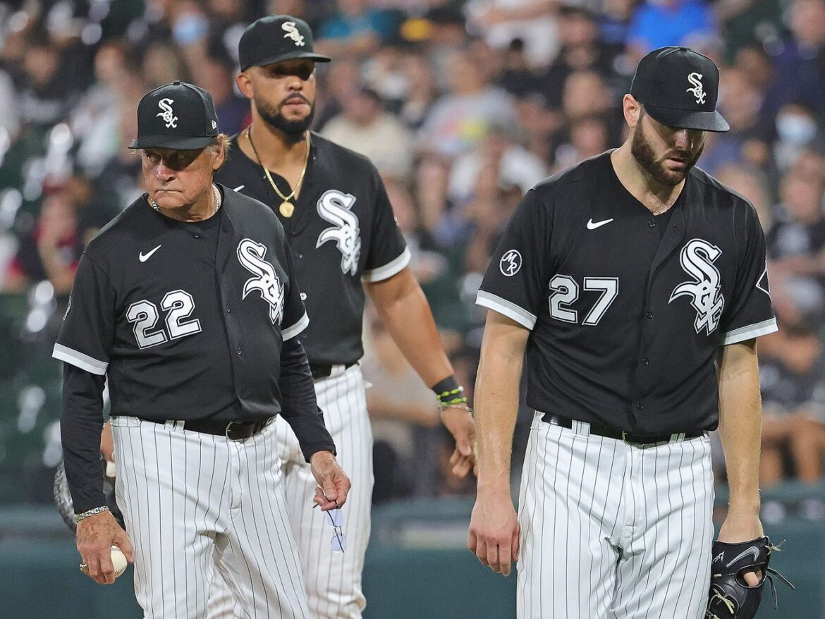 White Sox pitcher Lucas Giolito exits 4-2 victory with tight hamstring
