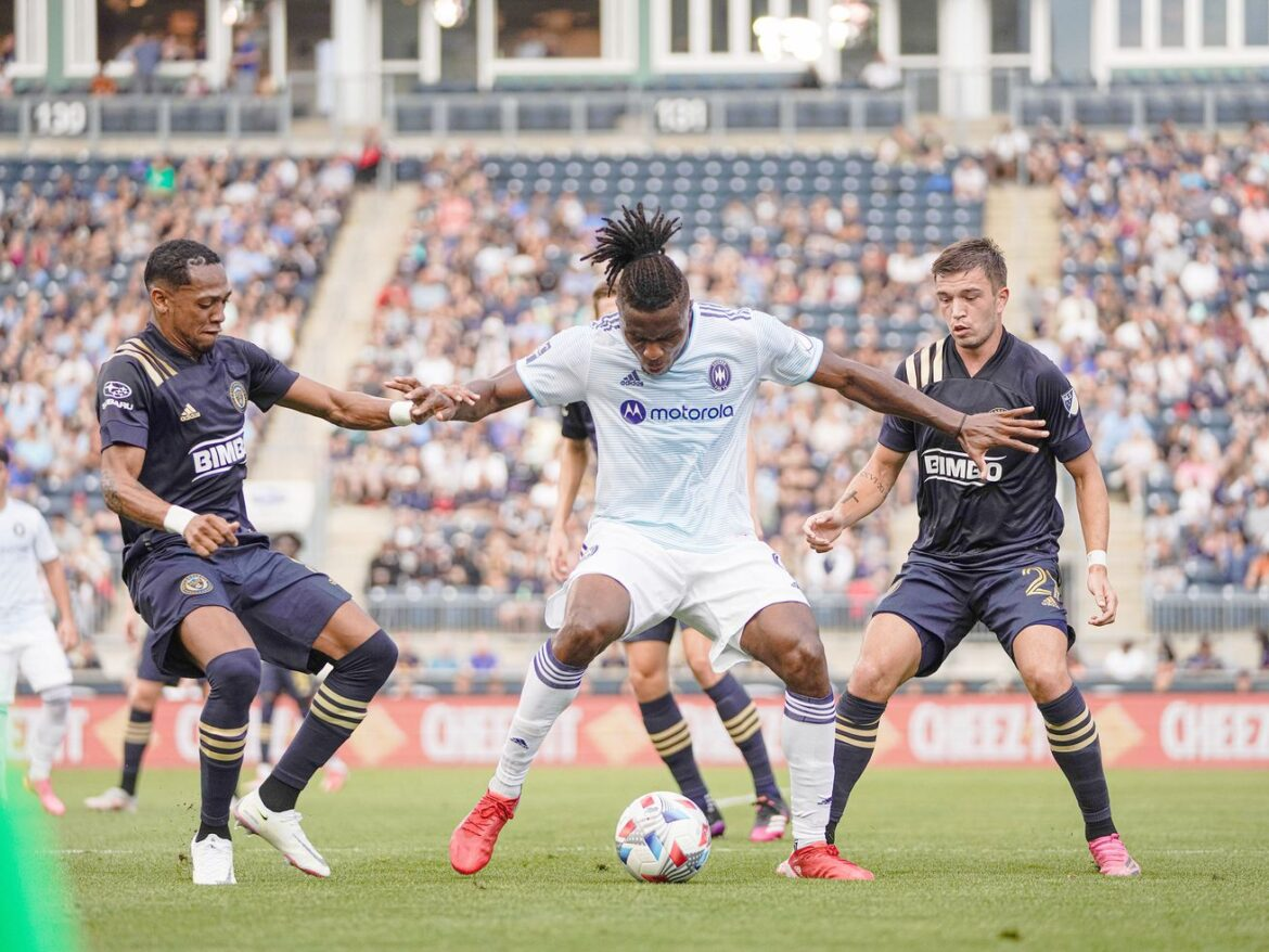 With 10 men, Fire hold on for draw against Union