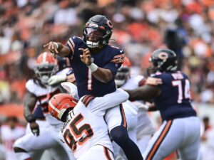 1st-and-10: Bears owe Justin Fields a second start