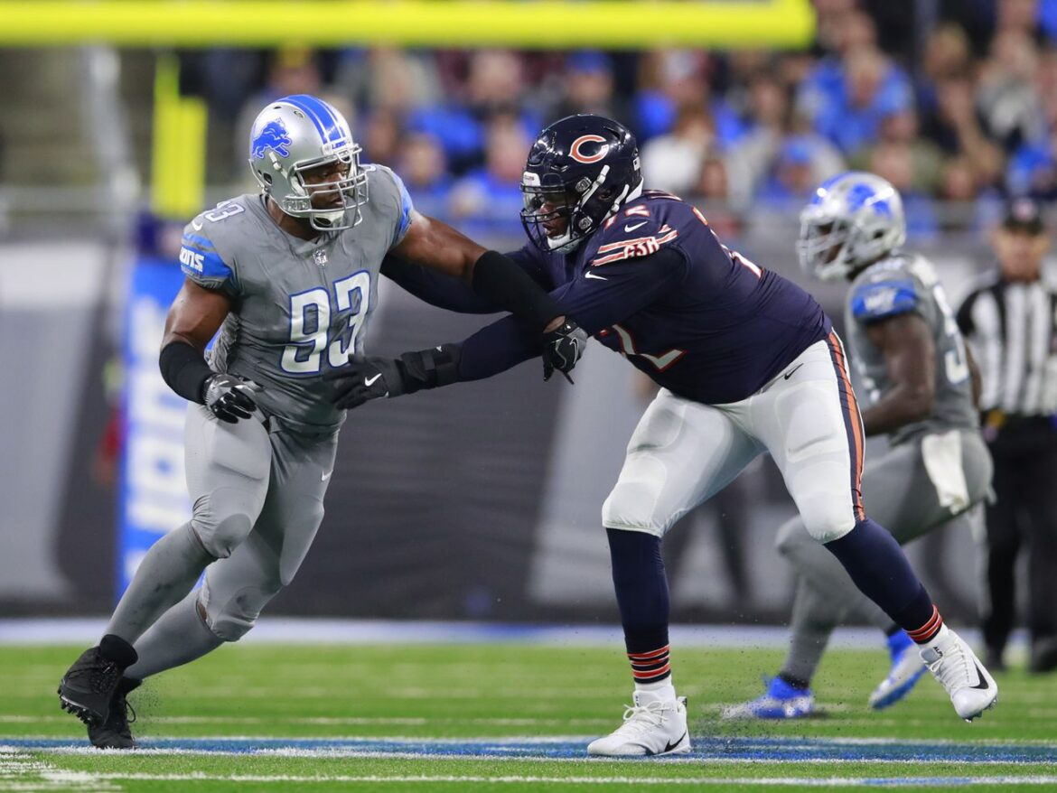 1st-and-10: The Charles Leno curse at left tackle?