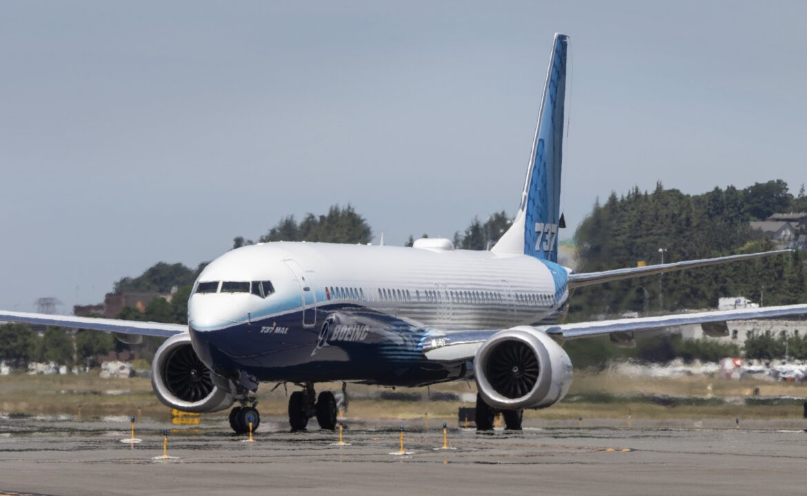 Boeing shareholders may pursue some 737 MAX claims against board of directors