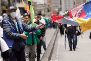 Colombian unions march in support of aid bills for working class and poor