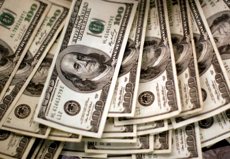 Dollar set for first winning week in three with Fed in focus