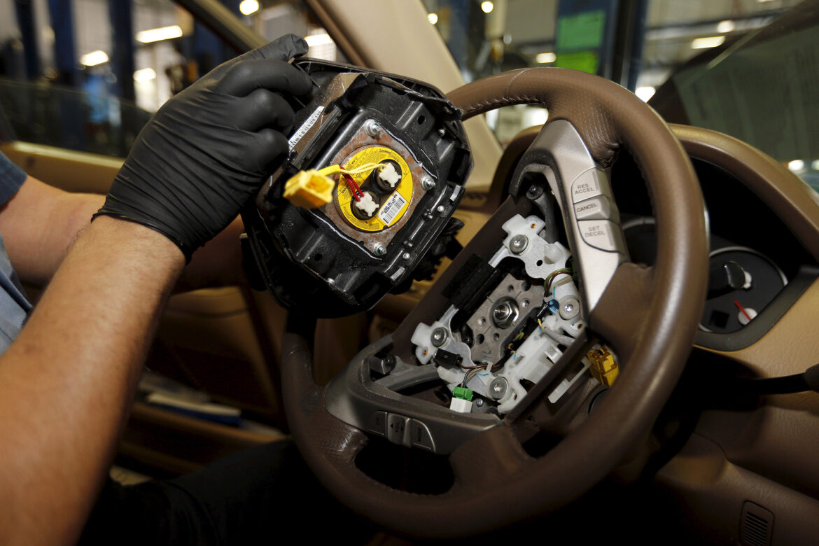 Feds investigating potentially deadly airbags in 30 million vehicles