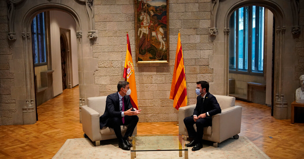In Bid to End Secession Dispute, Spain Tries Talking with Catalonia