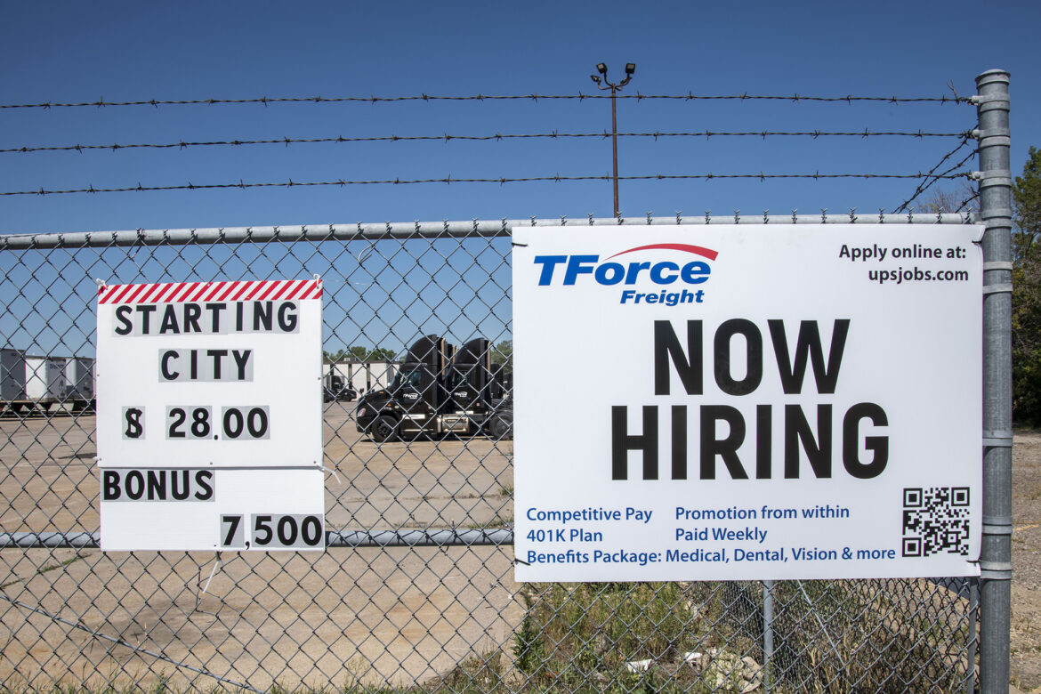 US added 235K jobs in August, way below expectations of 720K