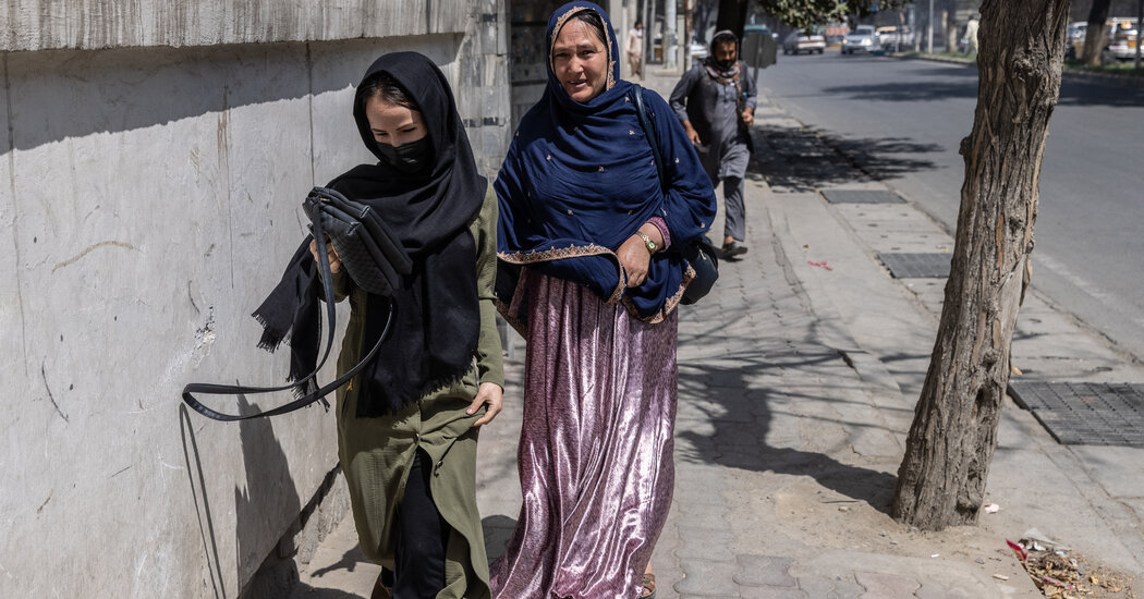 Video Captures Moment Taliban Fire On Protest in Kabul