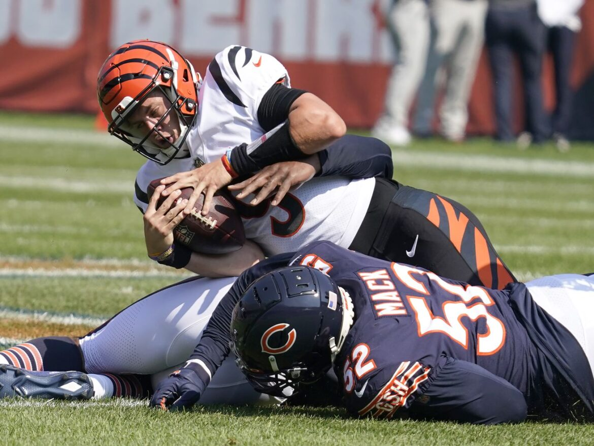 Bears OLB Robert Quinn in 'happy place' with another sack vs. Bengals