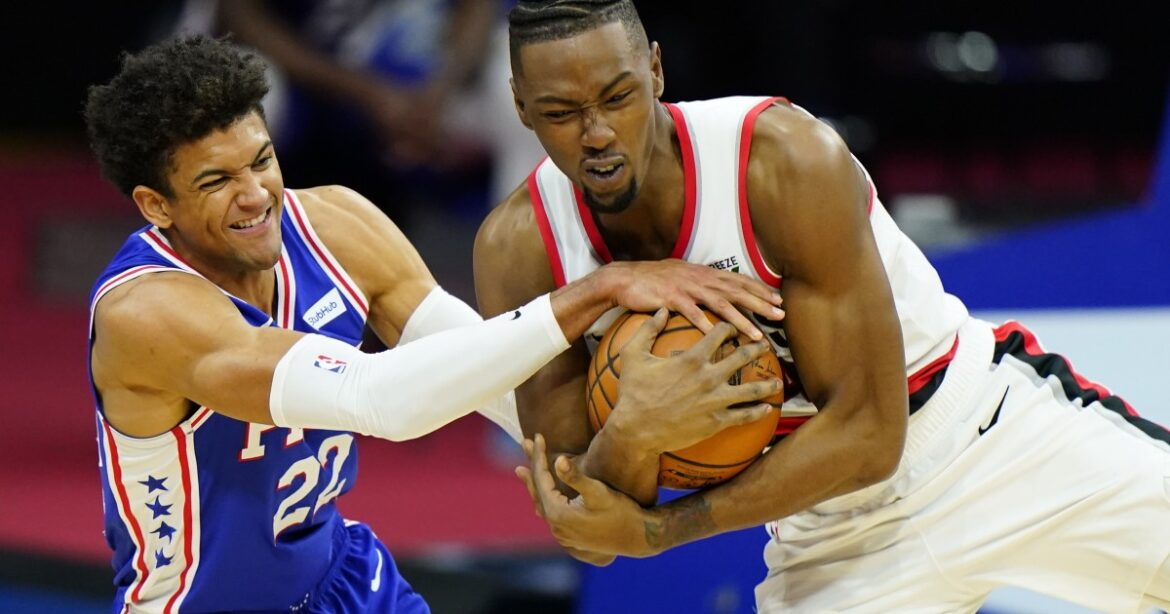 Clippers agree to nonguaranteed deal with center Harry Giles III