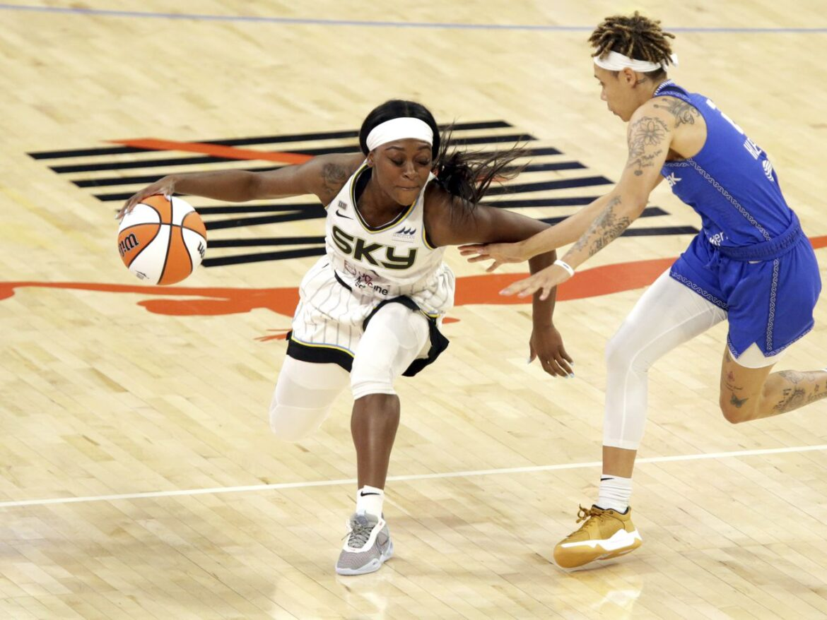 Dana Evans is the backup point guard the Sky have always needed