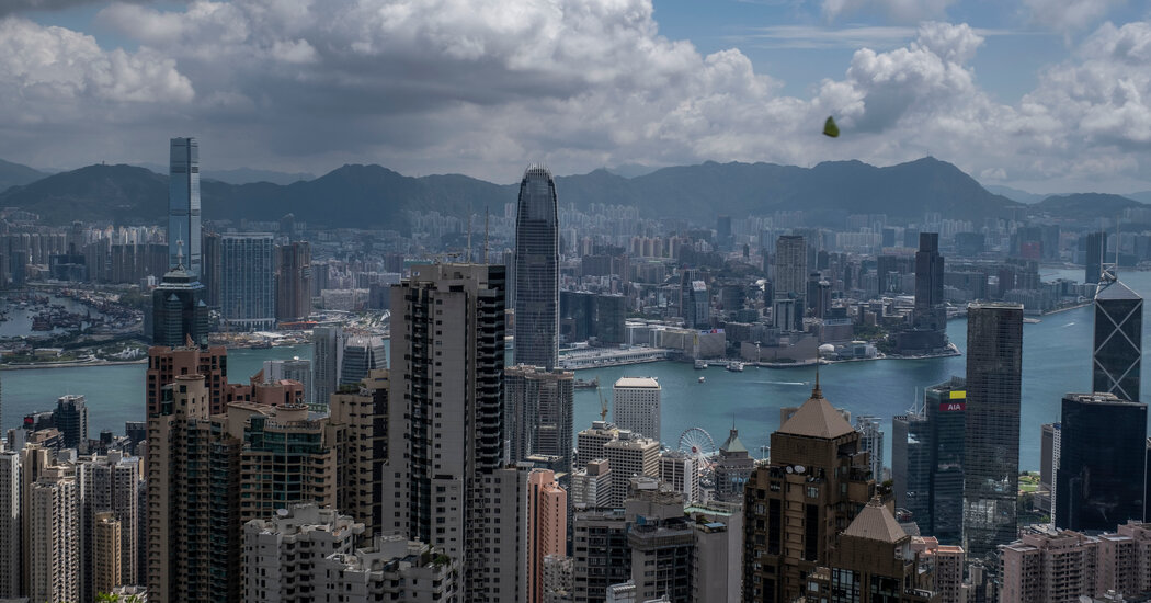 A Family's Yearlong Quest to Return to Hong Kong During the Pandemic
