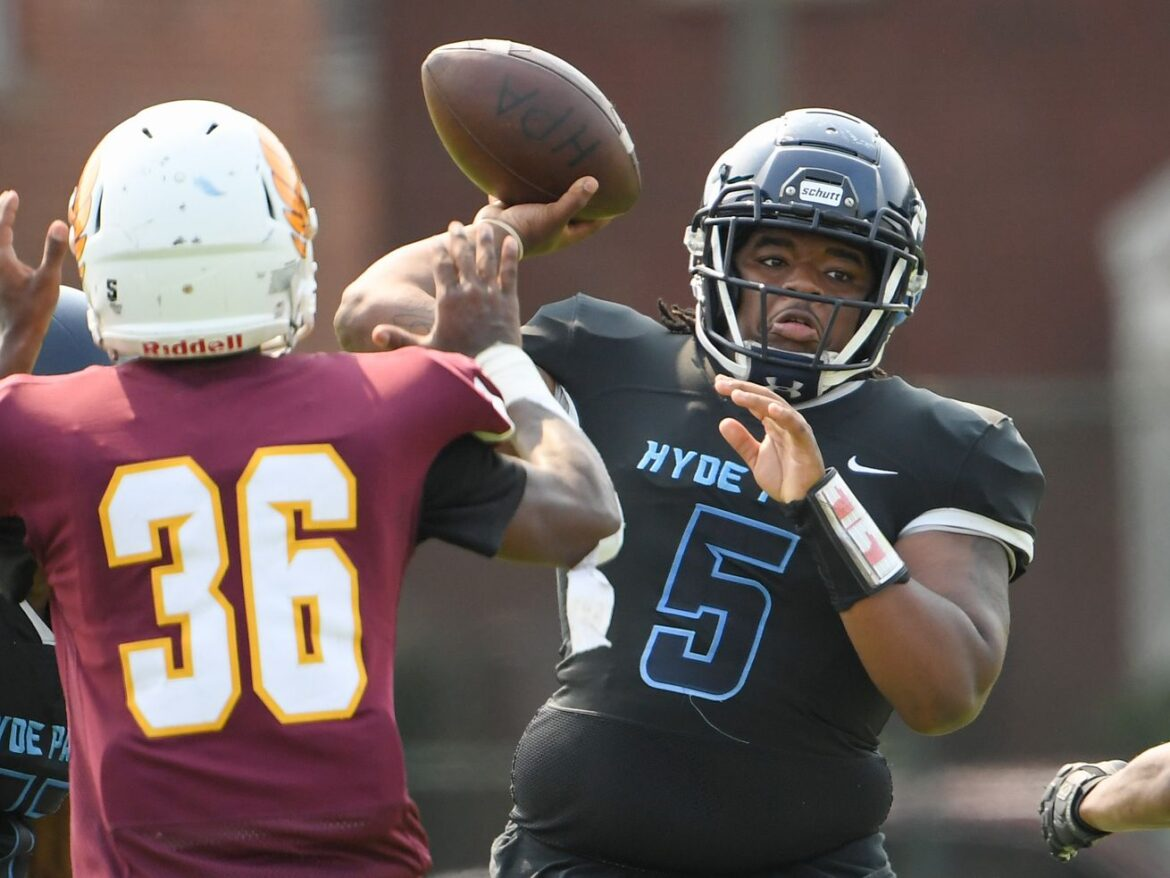 Hyde Park shuts out Lindblom