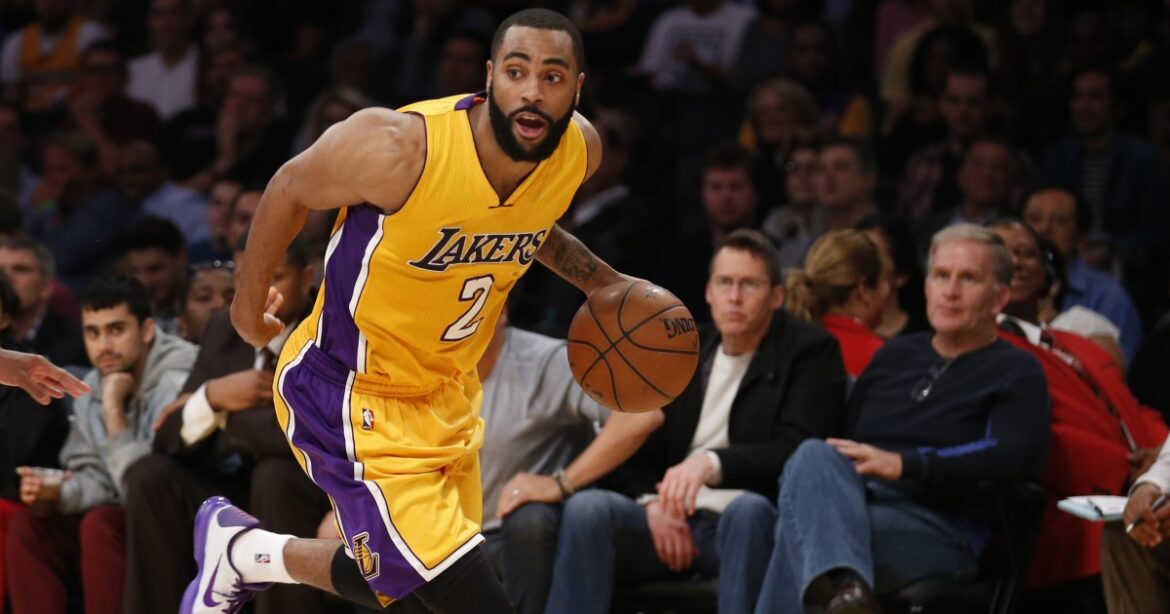 Lakers newsletter: Wayne Ellington is back and ready for the rebuild