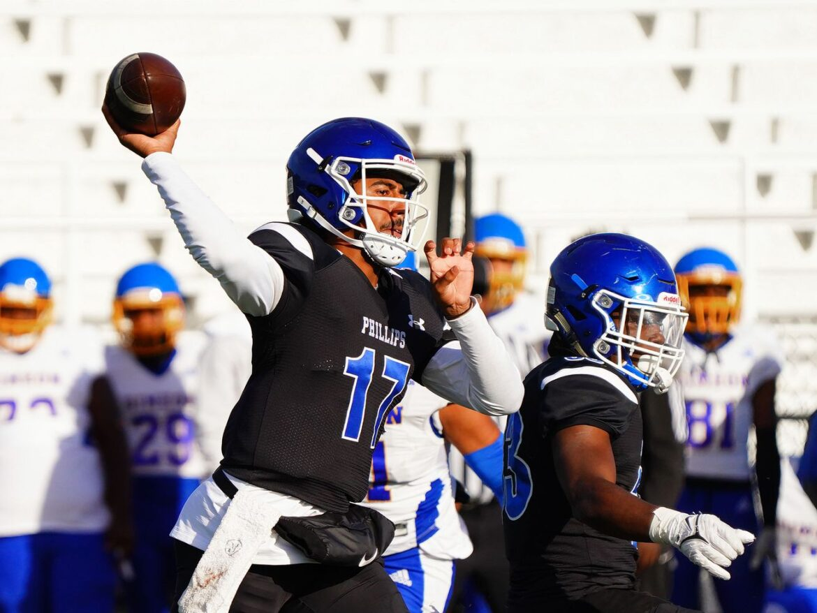 Phillips beats Simeon on Tyler Turner's TD pass in the final seconds