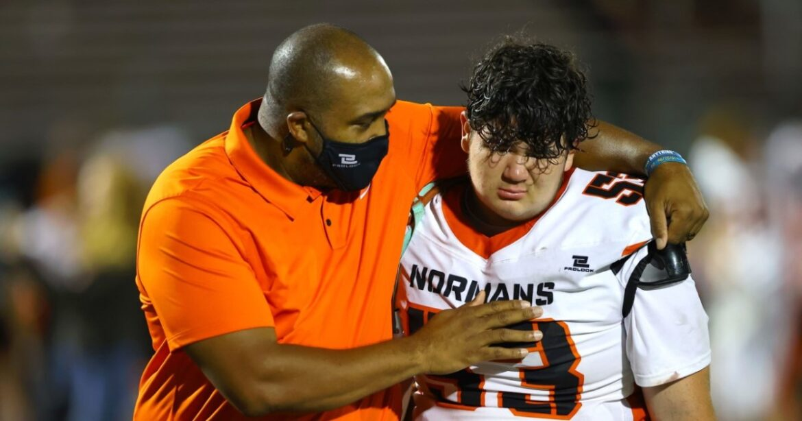 Prep football: Beverly Hills breaks through for first win