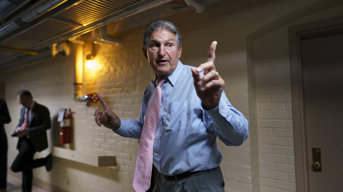 Progressives recoil at Manchin op-ed as Dems' $3.5T spending plan faces uphill battle amid party infighting