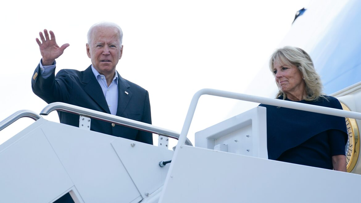 Republicans criticize Biden for spending Labor Day weekend in Delaware amid Afghanistan crisis
