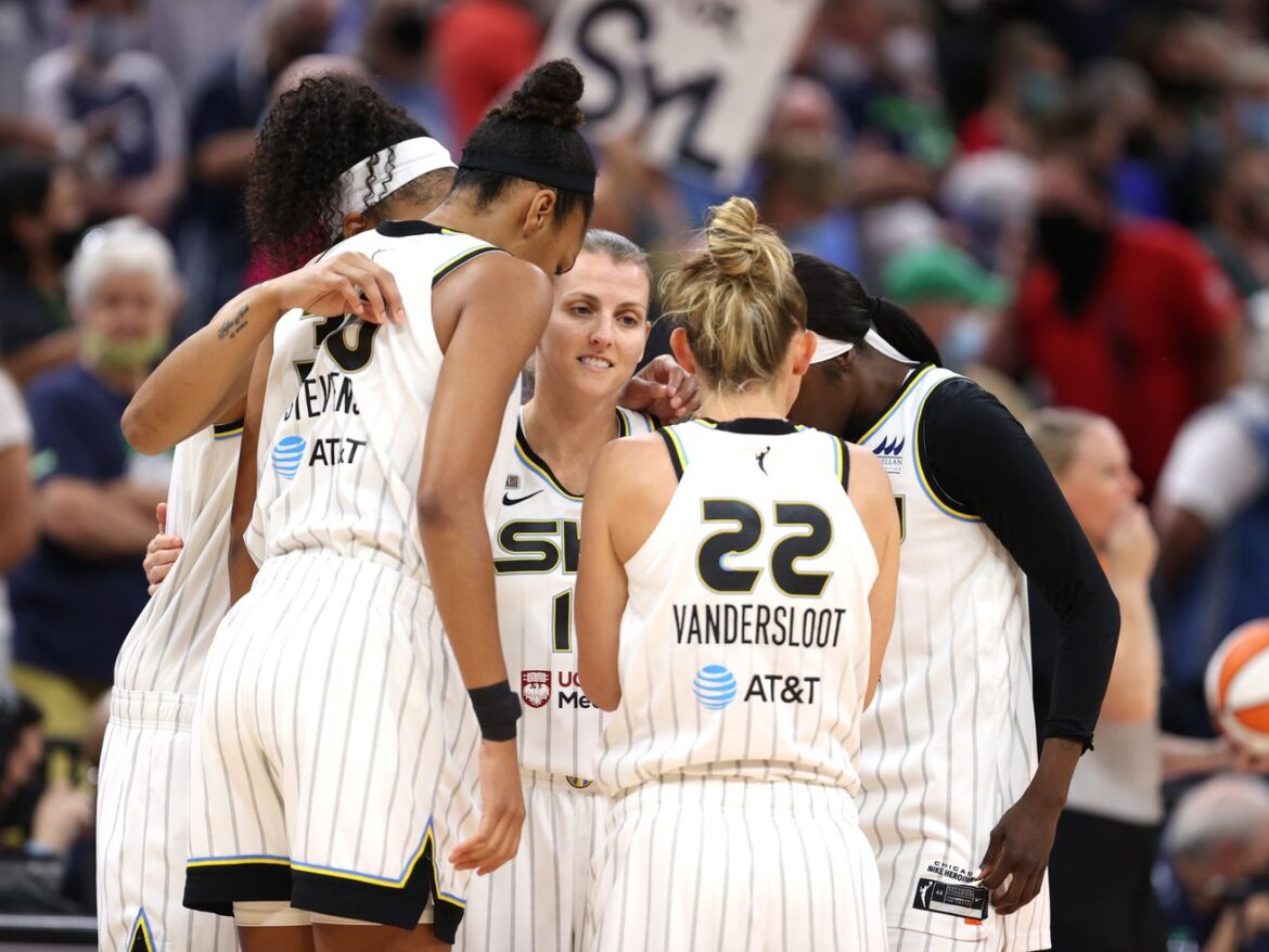 Sky are headed back to the WNBA semifinals after 89-76 win over the Lynx