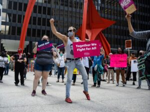 Texas near total abortion ban opens door to Illinois parental notice repeal, bolstering abortion rights
