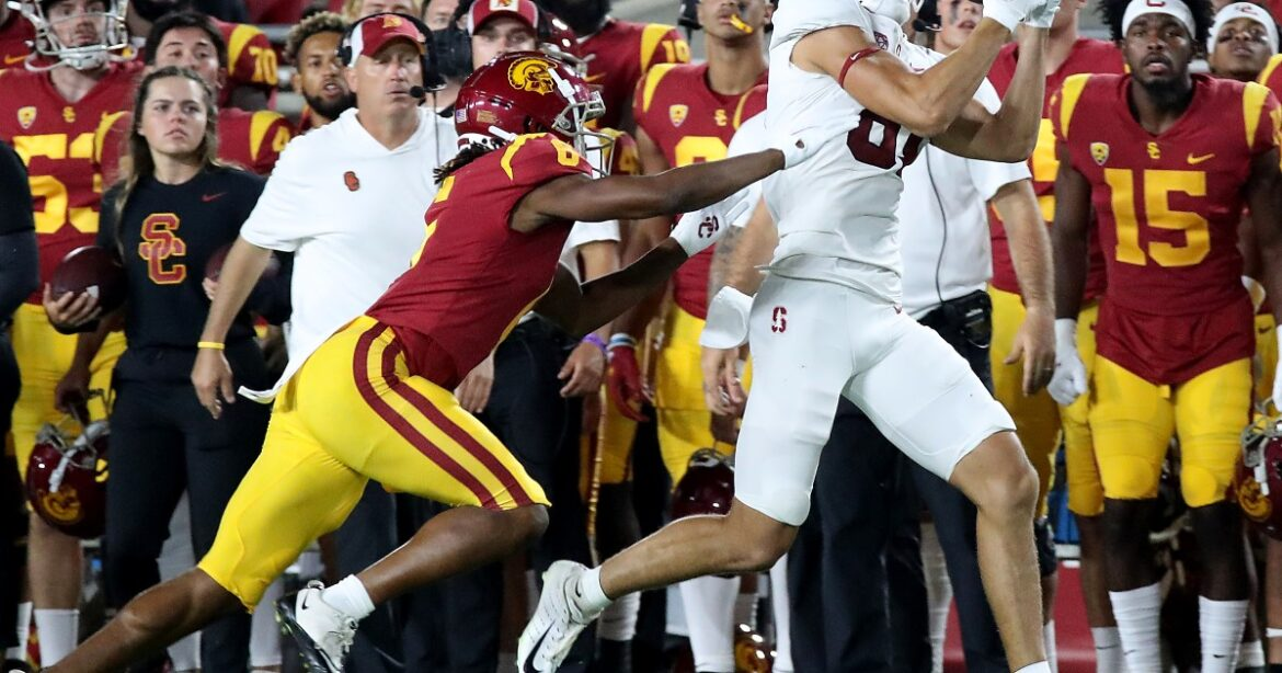 USC is betting on a better future without Clay Helton. Should you?