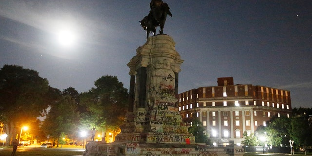 Virginia Supreme Court rules Robert E. Lee statue can be removed from state capital
