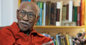Timuel Black, Strategist and Organizer for Black Chicago, Dies at 102