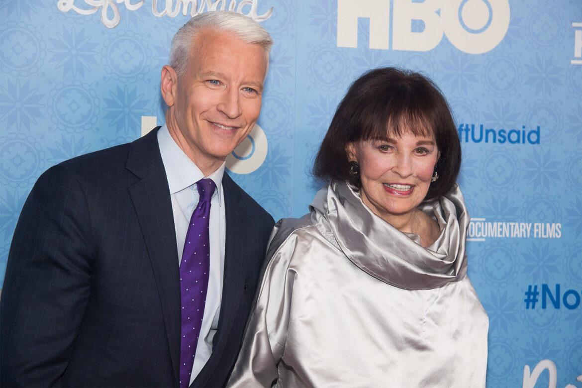 Anderson Cooper remembers final moments with late mom Gloria Vanderbilt