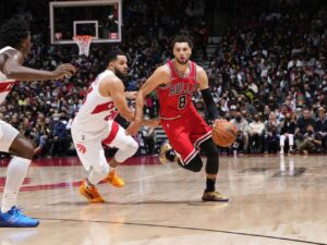 Bulls guard Zach LaVine is dealing with torn ligament in his left thumb